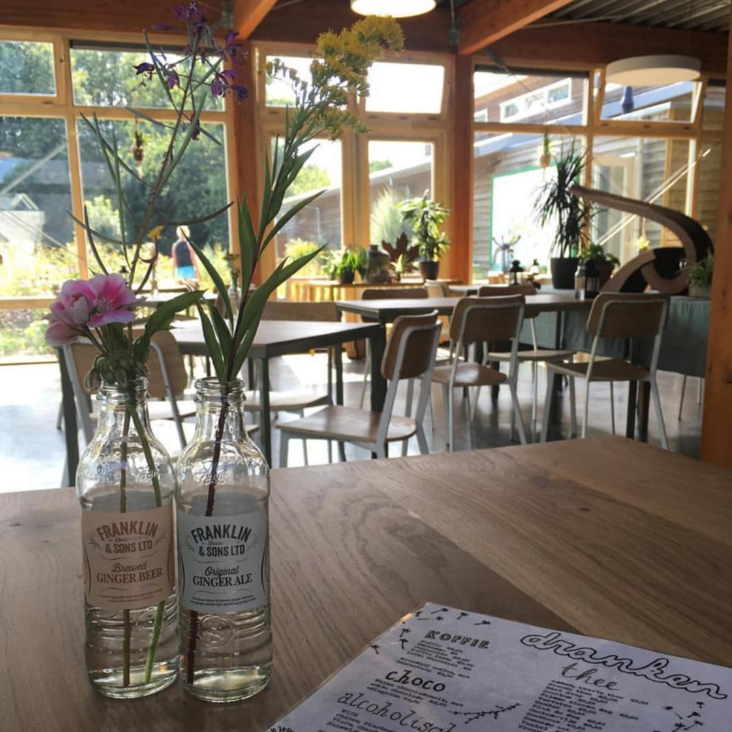 Zondagbrunch in het Tuincafé